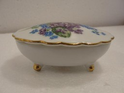 Vintage 3 Leg Blue Flowers Trinket Box