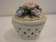 Vintage Basket Weave porcelain Flower Trinket Box