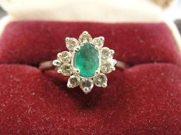 Jabberjewelry.com Emerald & Diamond White Gold Ring