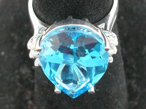 Jabberjewelry.com Large Blue Topaz & Diamond White Gold Ring