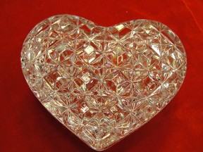 Leaded Crystal Heart Trinket Box