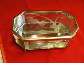 8 sided Emerald Cut Glass MirrorTrinket Box